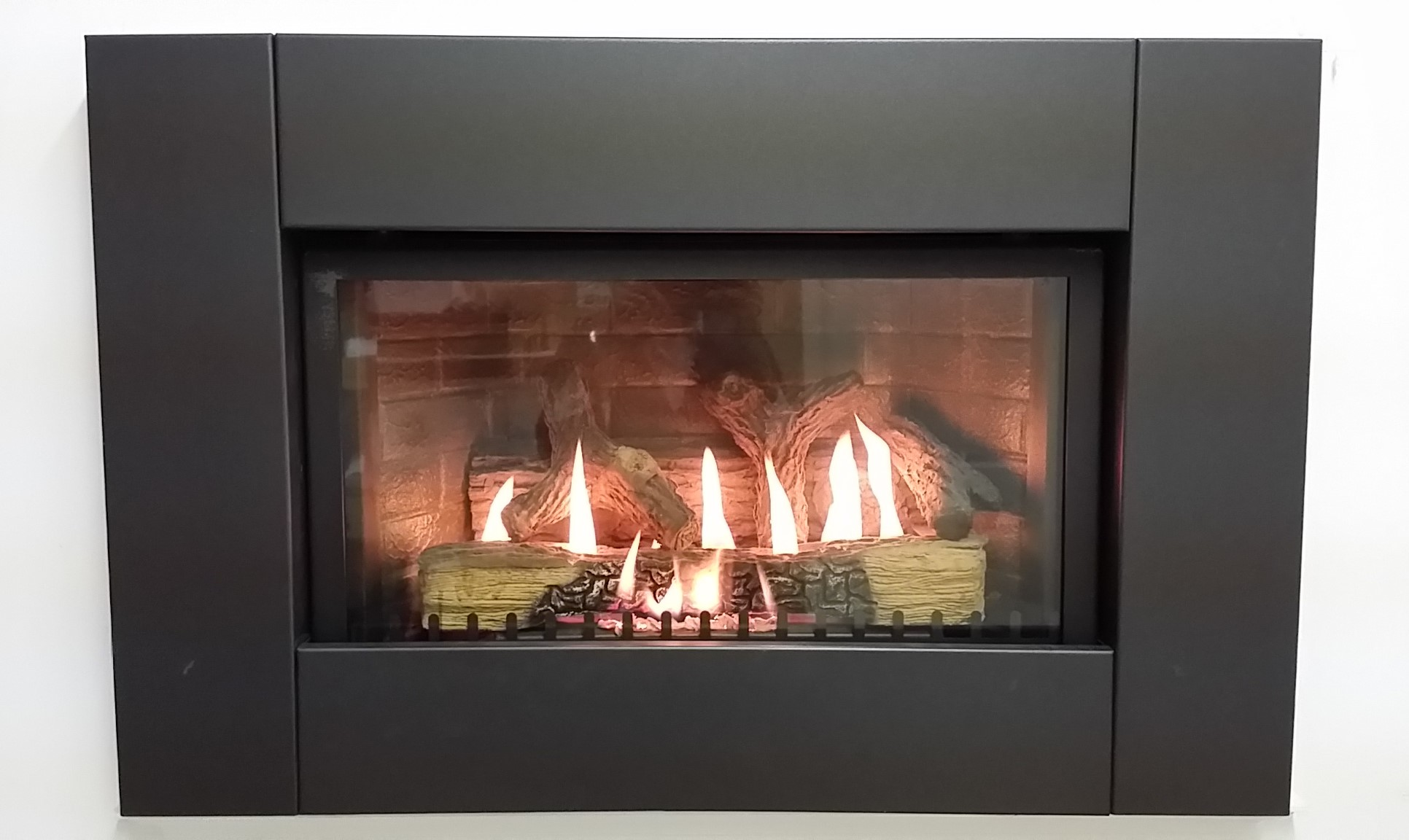 FLAME FX Gas Fireplace | FIREPLACE DEPOT